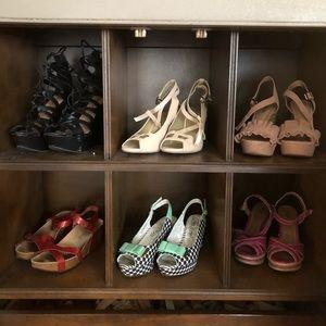 Shoes - Black lace-up platforms